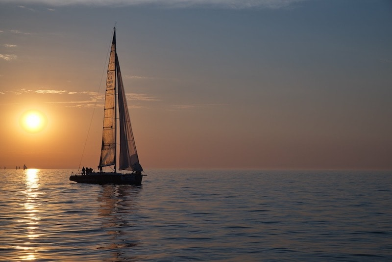 Sailing Deluxe Sailing Sailing Sun with the Ember Sea Mediterranean Baltic Baltic Rostock Warnemünde Valencia Stockholm