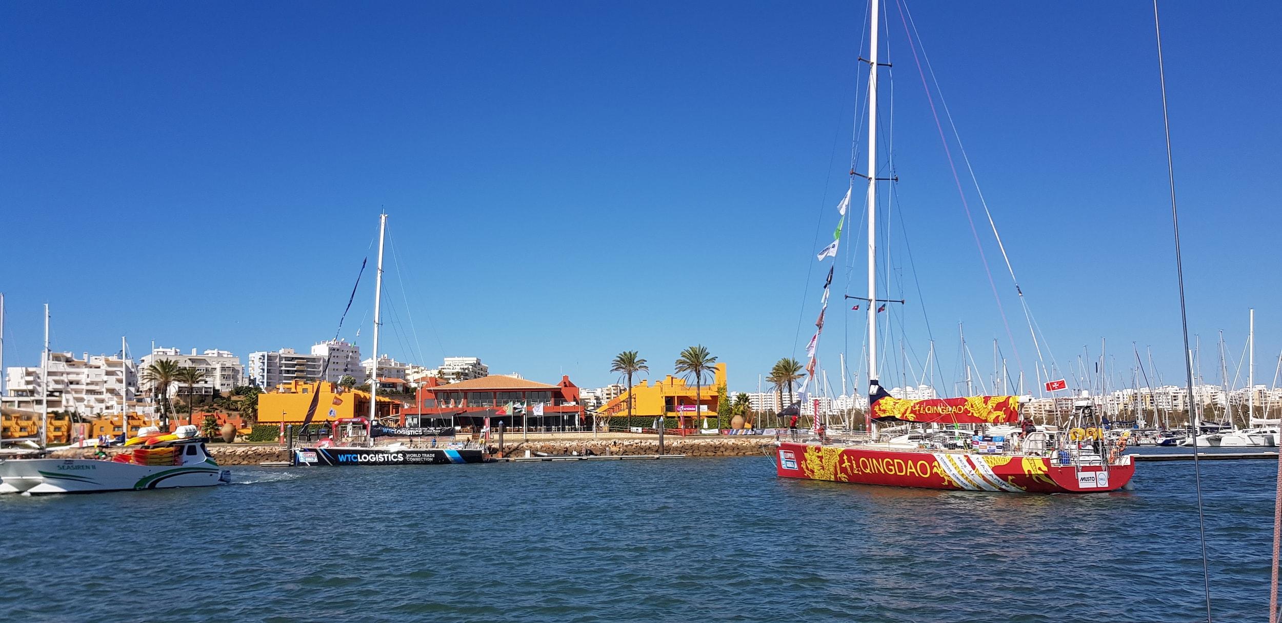 Sailing Deluxe - Sailing Valencia Vigo Mallorca